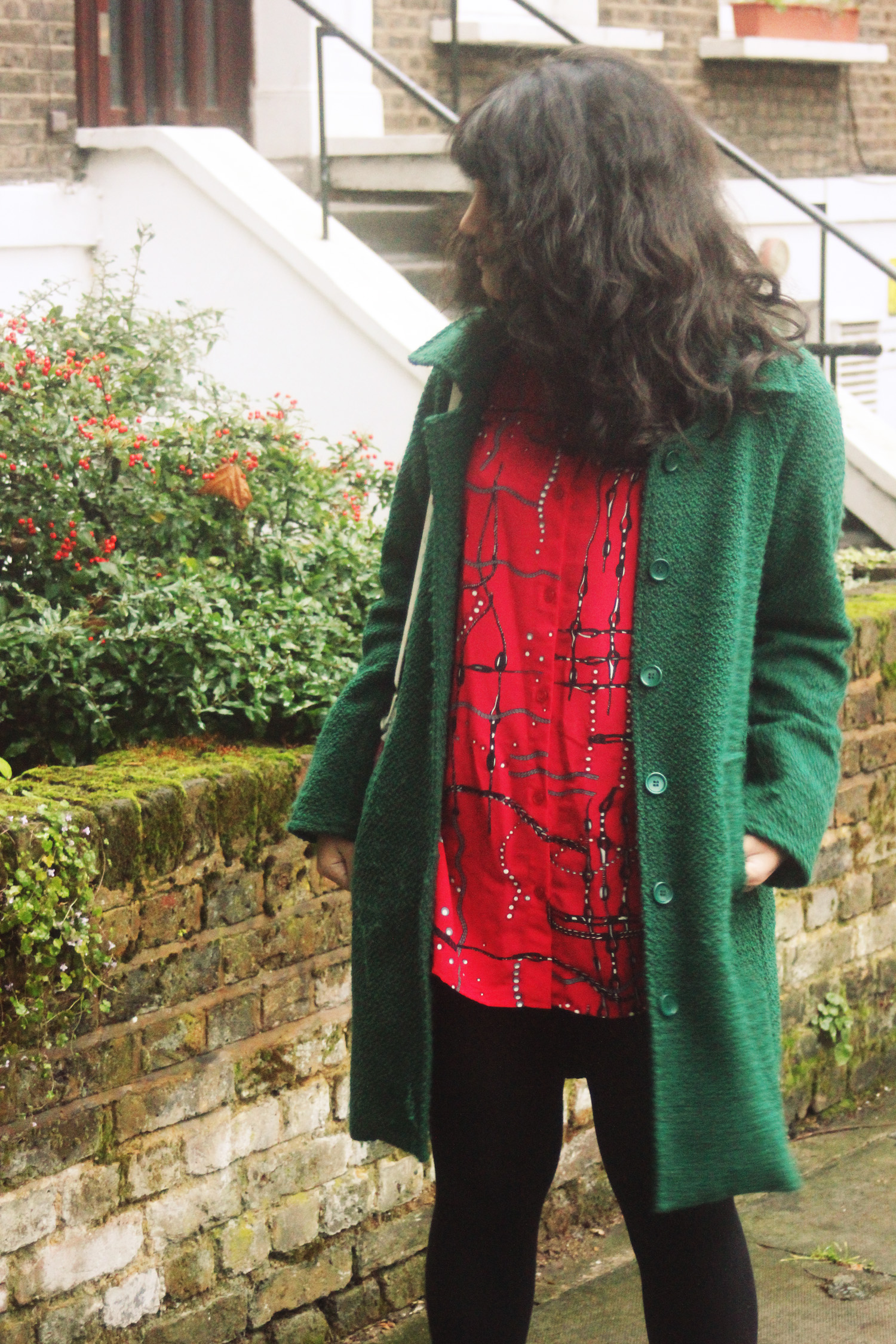 red vintage weird pattern blouse 80s pearls chains kentish town green snufkin coat white rhinestone boots